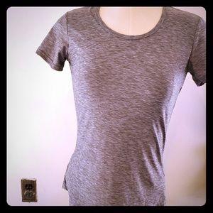 32 Degrees womens tshirt size XS gray